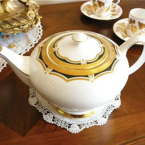Royal Chelsea Teapot - Gold and Green