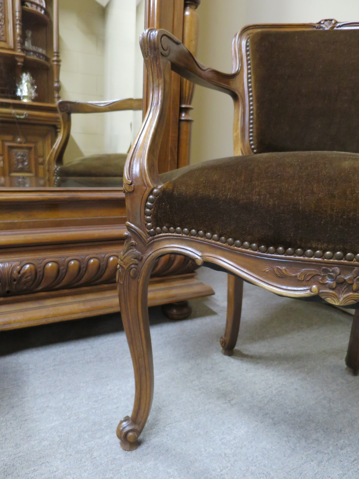 French Walnut Desk Chair, c.1900
